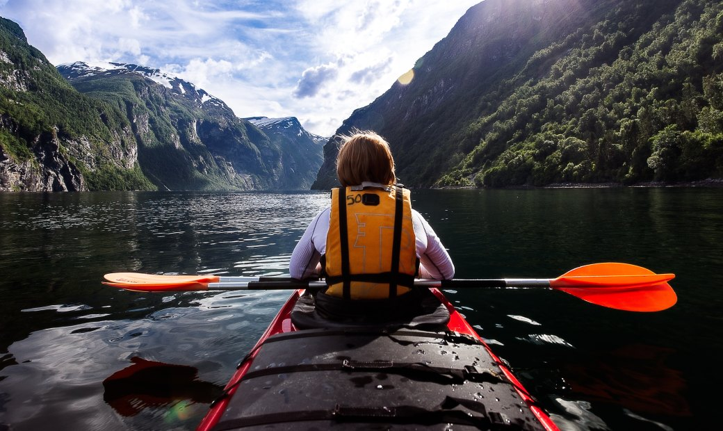 kayak with paddle.jpg